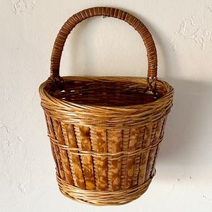 Vintage hanging wall basket
